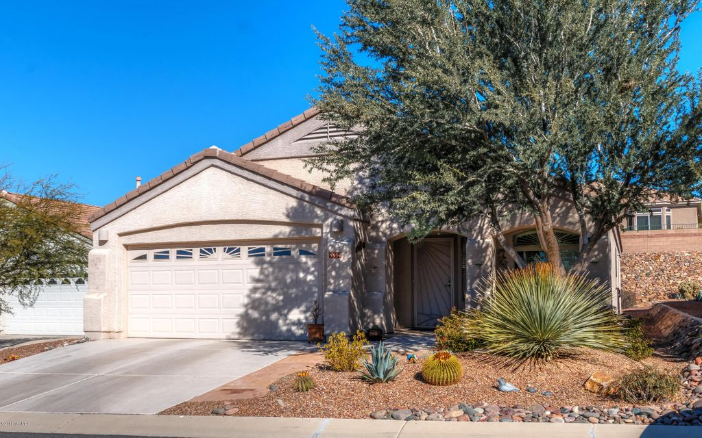 5354 W Eagle Claws Court, Marana, AZ 85658
