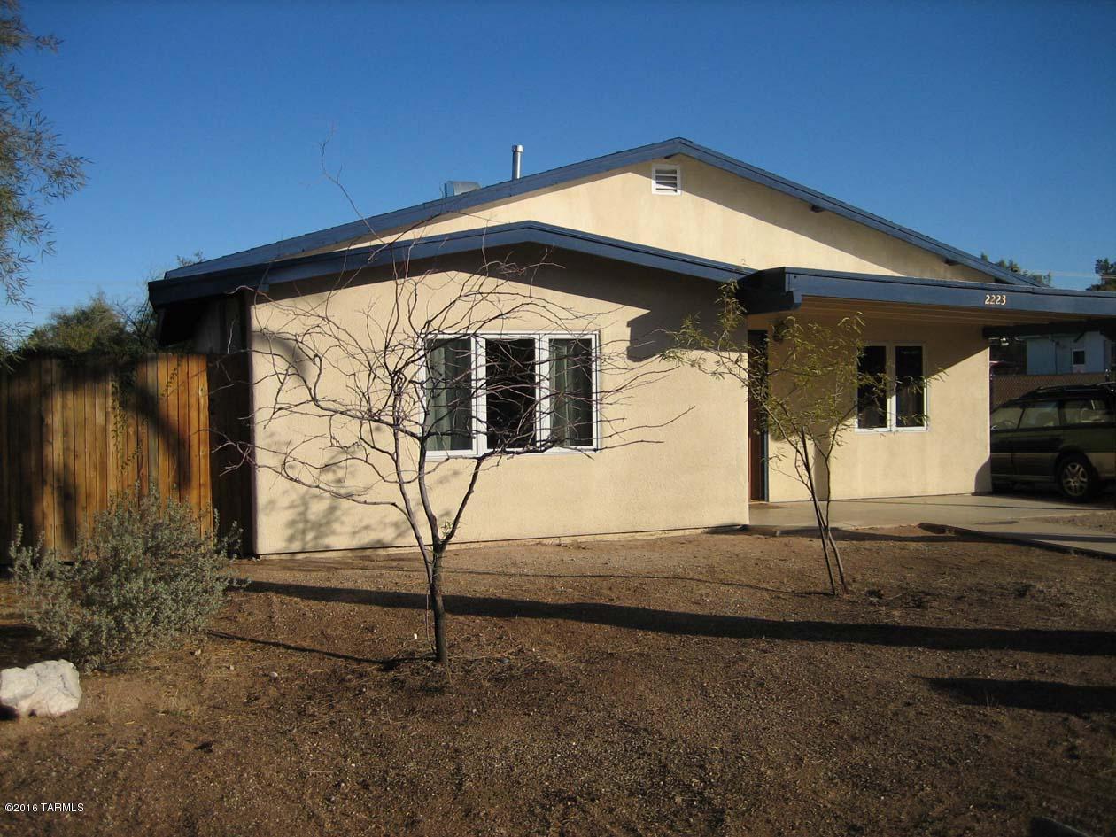 2223 E Helen Street, Tucson, AZ 85719
