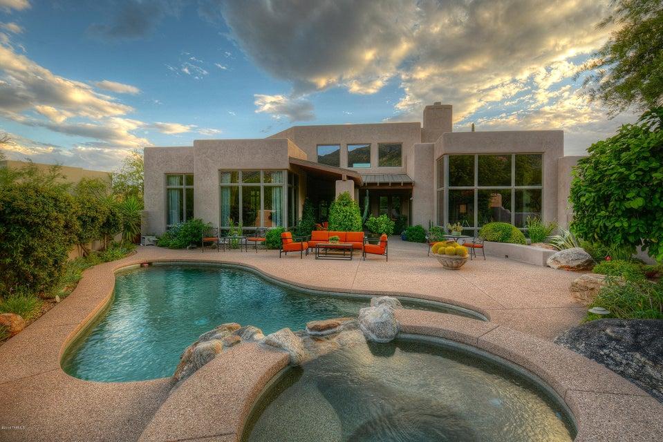 6474 N Lazulite Place, Tucson, AZ 85750