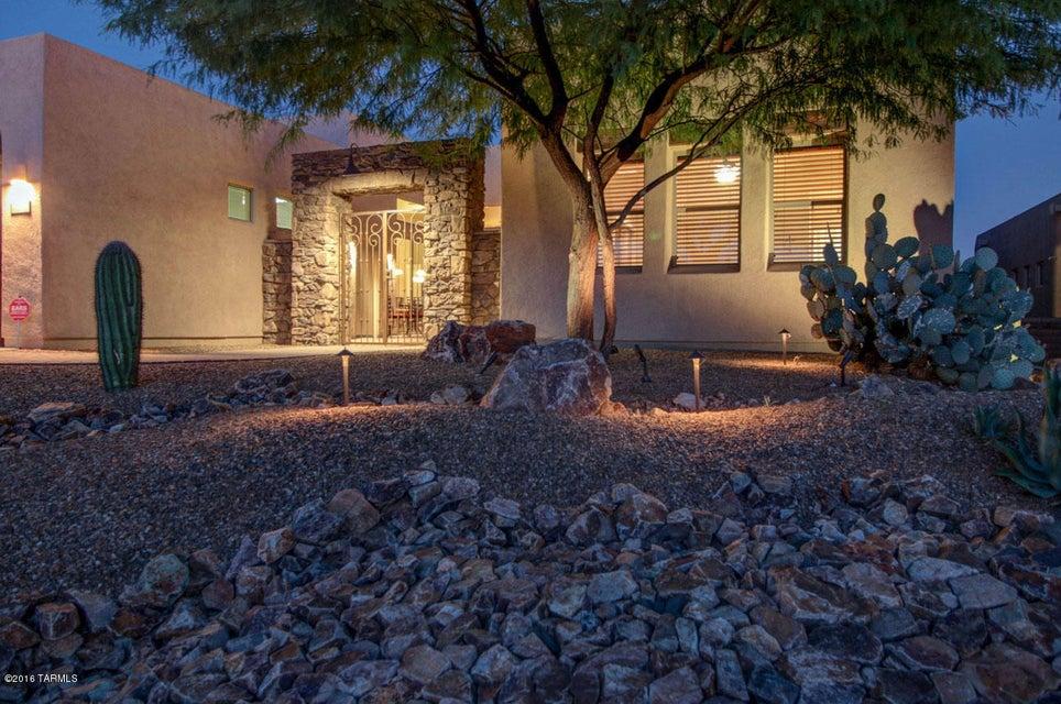 12332 N Sunrise Shadow Drive, Marana, AZ 85658