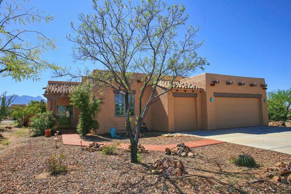 1468 S Walnut Spring Place, Green Valley, AZ 85614