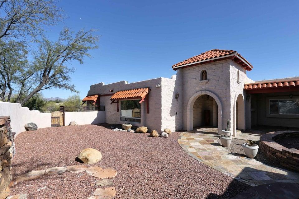 5440 N Soledad Segunda, Tucson, AZ 85718