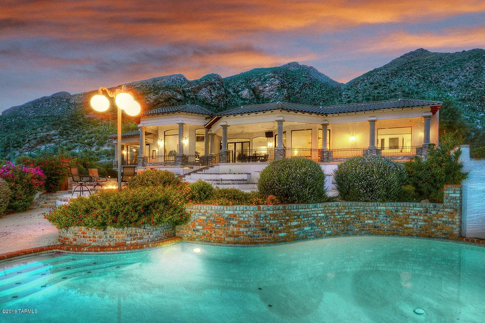 7001 N Javelina Drive, Tucson, AZ 85718