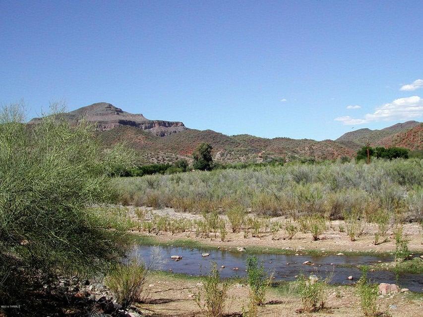 88965 E Aravaipa Road, Winkelman, AZ 85192