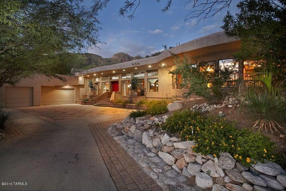 2611 E Calle Sin Desengano, Tucson, AZ 85718