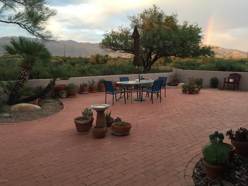 1075 N Circle D Way, Tucson, AZ 85748