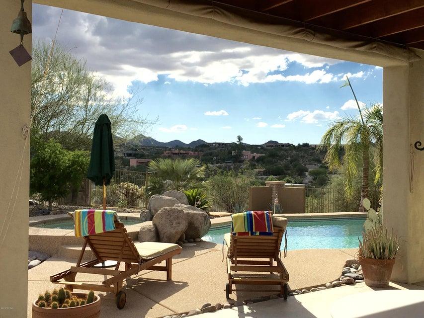 6103 N Desert Willow Drive, Tucson, AZ 85743