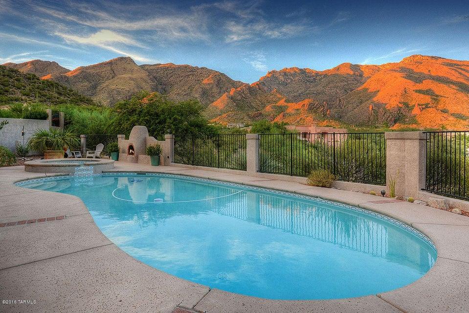 6185 E Avenida De Chaparron, Tucson, AZ 85750