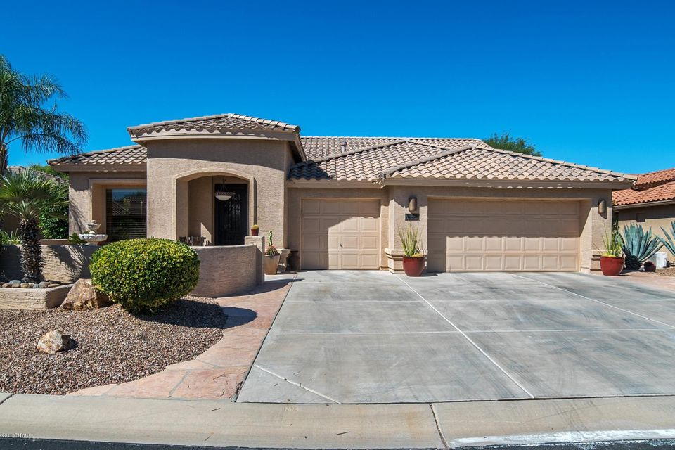 1587 N Rush Creek Court, Green Valley, AZ 85614