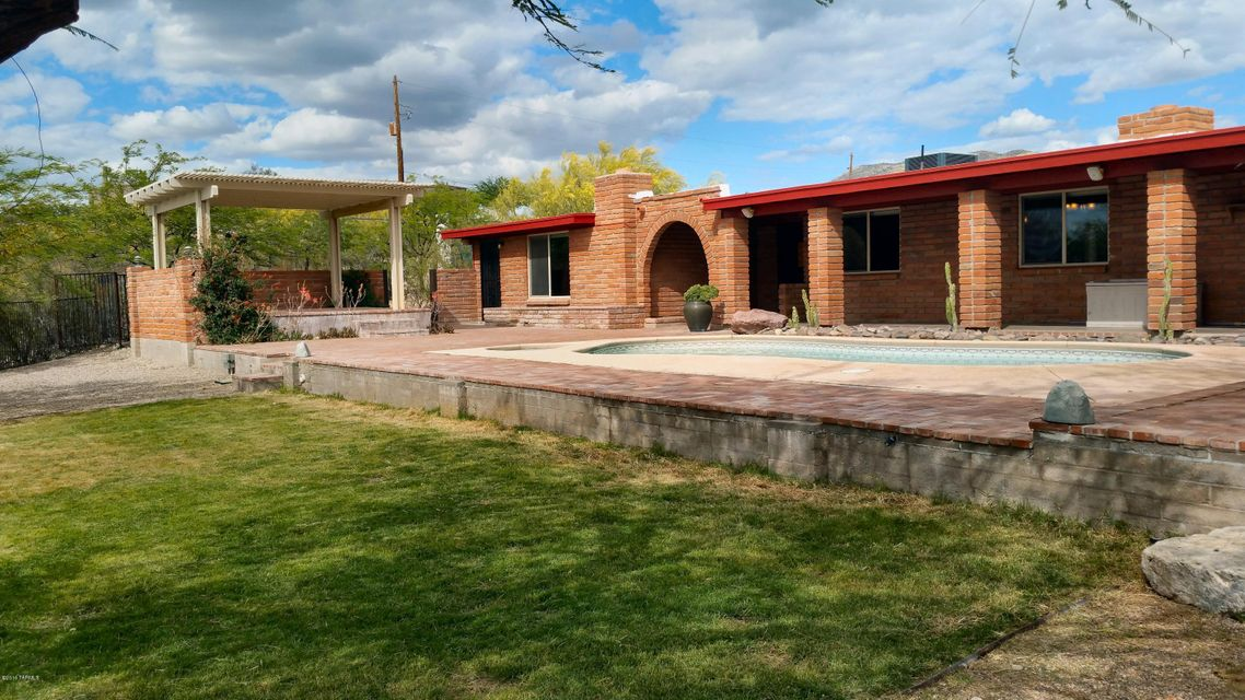 5110 S Perlita Road, Tucson, AZ 85747