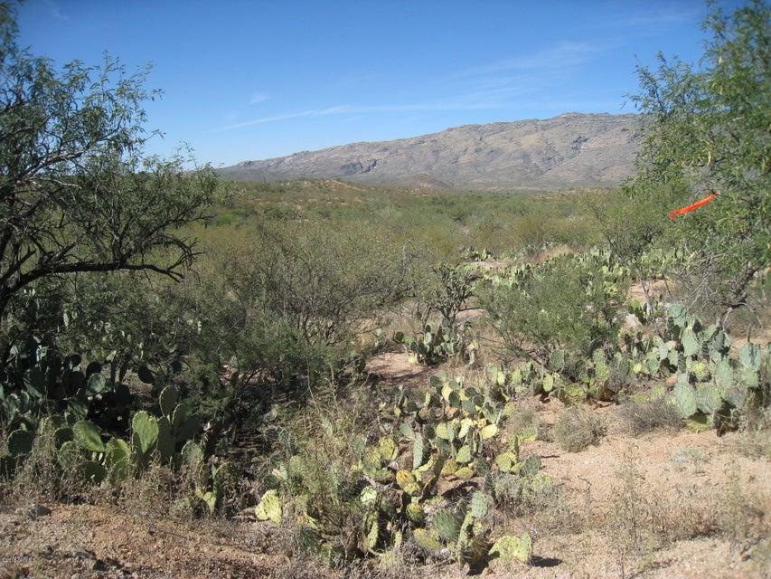 Pistol Hill Road, Vail, AZ 85641