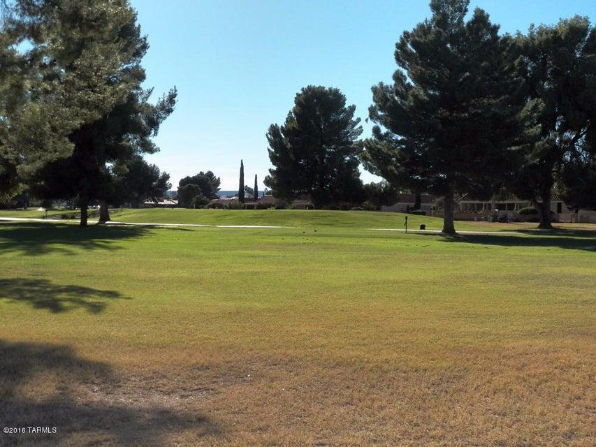 1261 N Paseo De Golf, Green Valley, AZ 85614