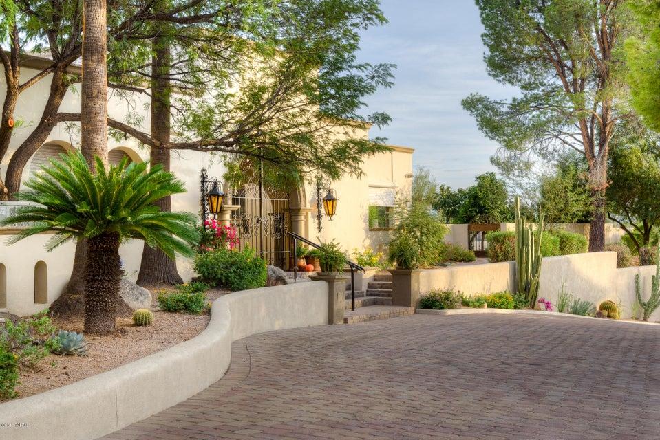 8310 N Rose Marie Lane, Tucson, AZ 85742