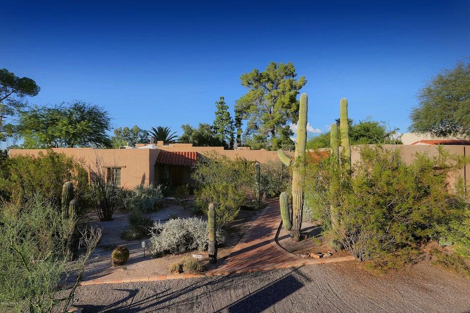 3805 E Calle Barcelona, Tucson, AZ 85716
