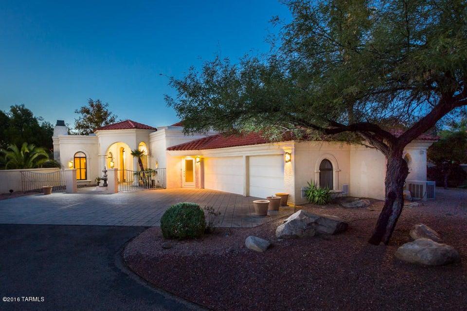 8513 N Nob Hill Drive, Tucson, AZ 85742