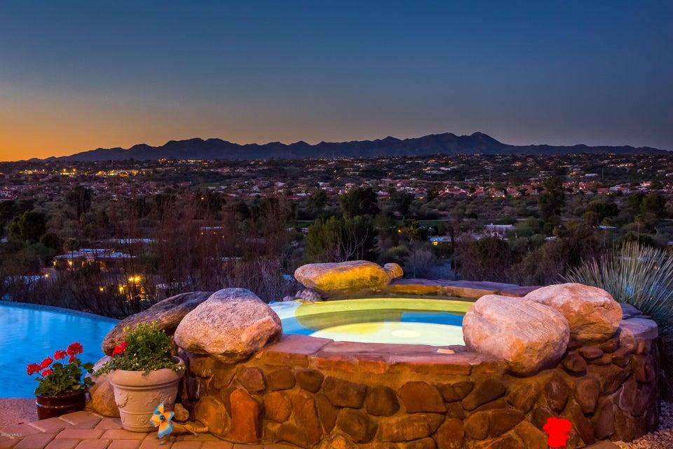 740 W Bangalor Drive, Oro Valley, AZ 85737