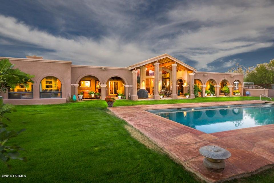 13000 N Lindbergh Drive, Oro Valley, AZ 85755