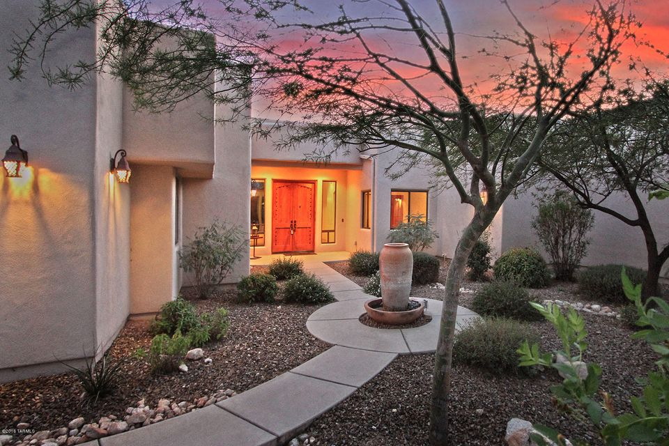 1900 E Buck Ridge Place, Oro Valley, AZ 85737
