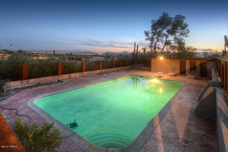 5375 N Linda Place, Tucson, AZ 85704