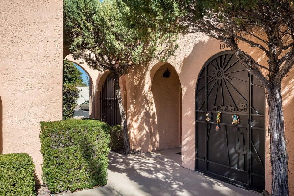 1040 S Calle De La Temporada, Green Valley, AZ 85614