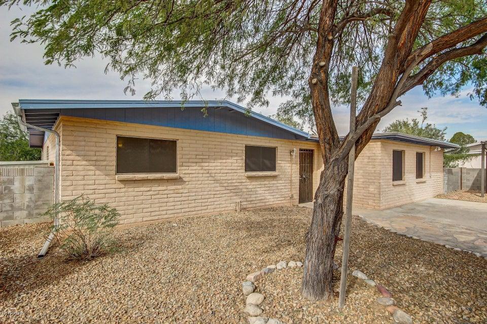 8901 E 25th Street, Tucson, AZ 85710