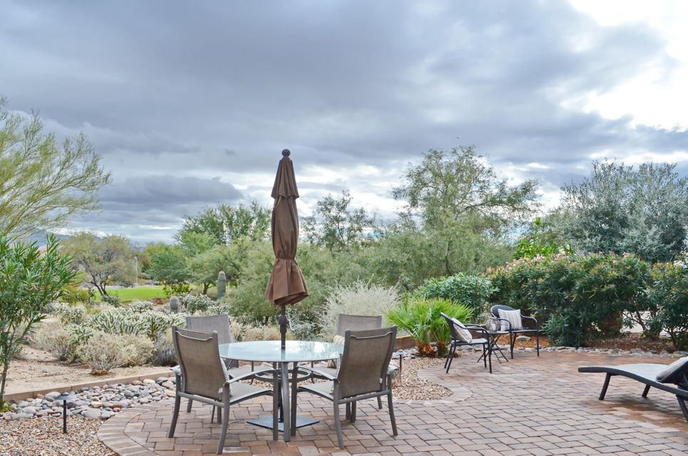 13184 N Desert Flora Lane, Marana, AZ 85658