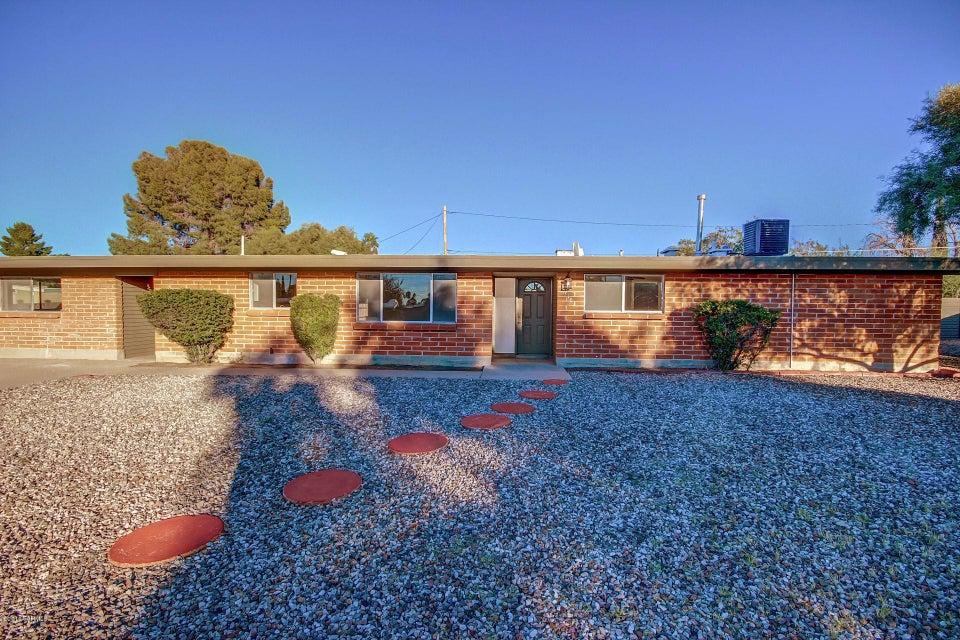 7518 E Marc Place, Tucson, AZ 85710