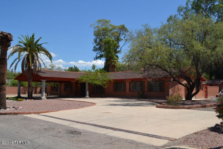 12 N Camino Espanol, Tucson, AZ 85716