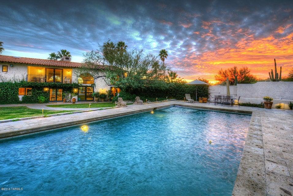 6116 N Via Tres Patos, Tucson, AZ 85750