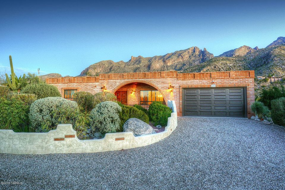 6831 N Cocopas Road, Tucson, AZ 85718