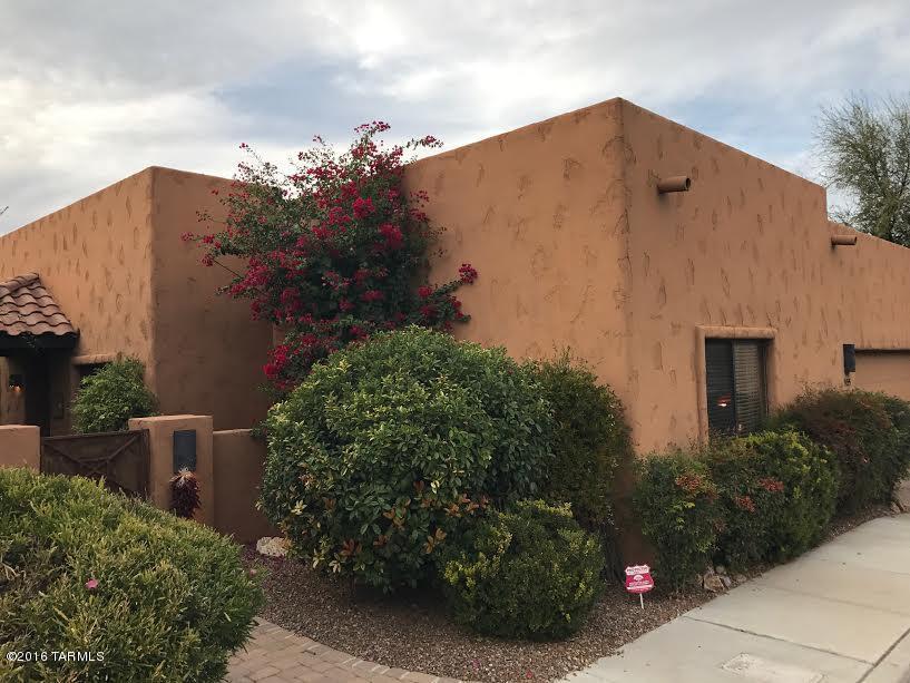 9455 E LANTERRA Court, Tucson, AZ 85710