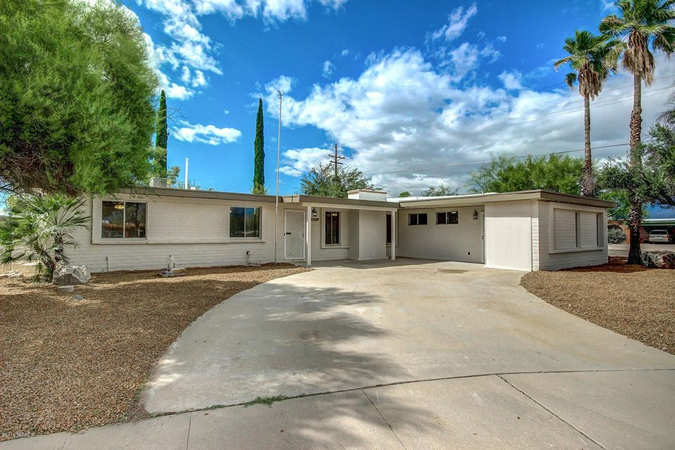 9032 E 5th Street, Tucson, AZ 85710