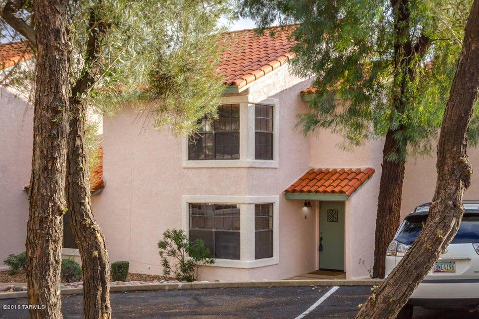 3210 E Calle De La Punta 8, Tucson, AZ 85718