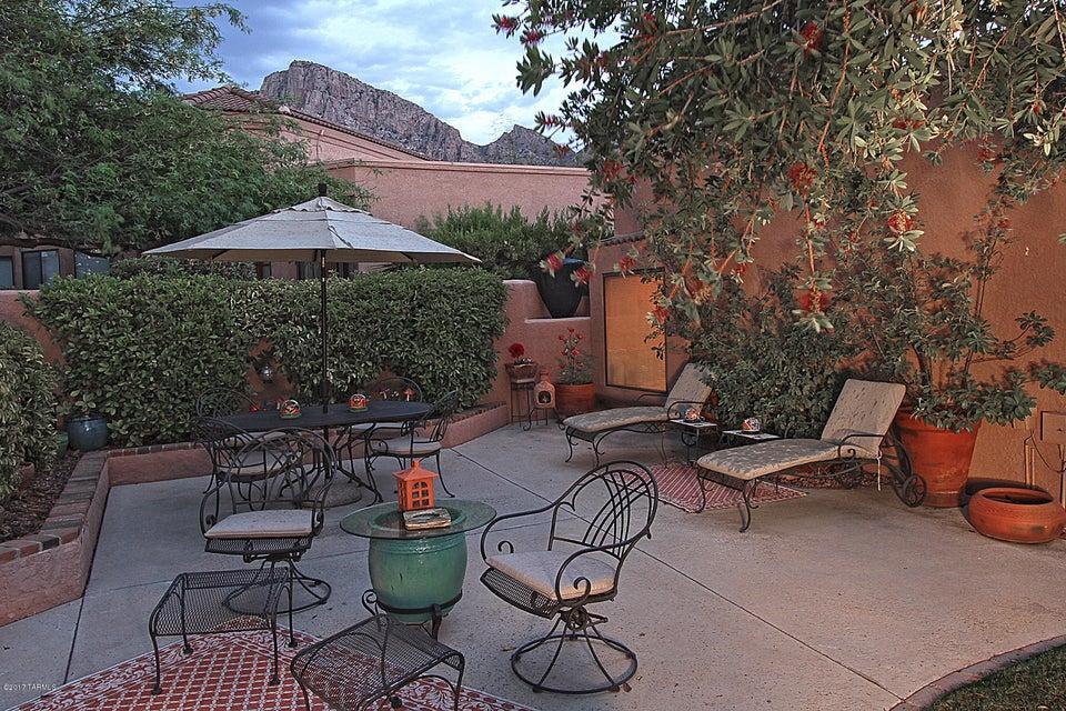 1401 E Rams Hill Drive, Oro Valley, AZ 85737
