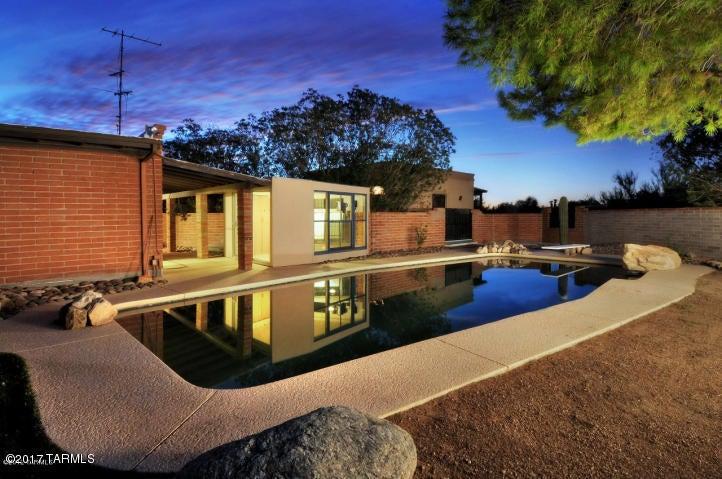 5451 N Genematas Drive, Tucson, AZ 85704