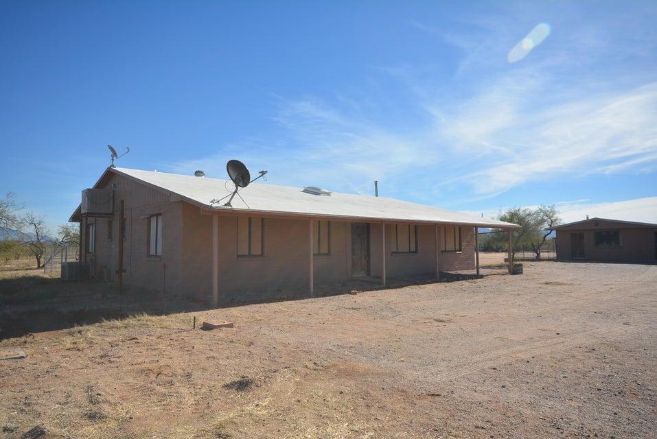 9400 N Clayton Place, Marana, AZ 85653
