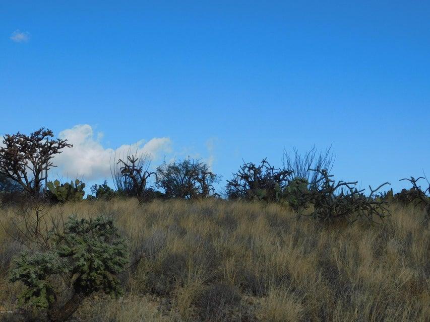 4340 W Calle Siete, Green Valley, AZ 85622