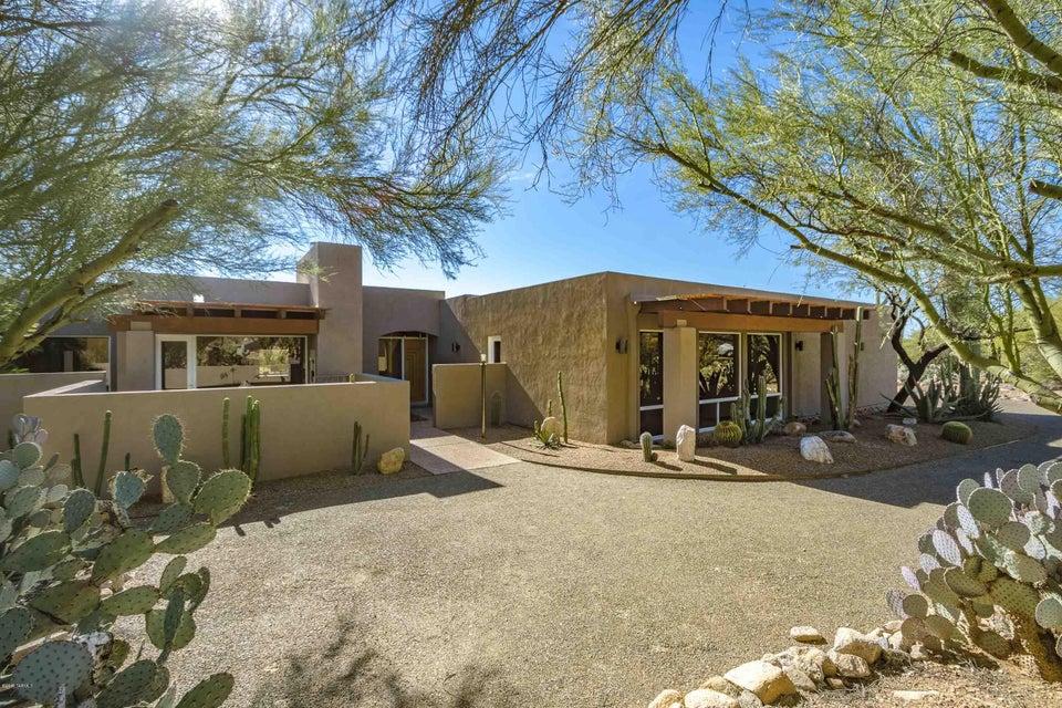 6141 N Canon Del Pajaro, Tucson, AZ 85750