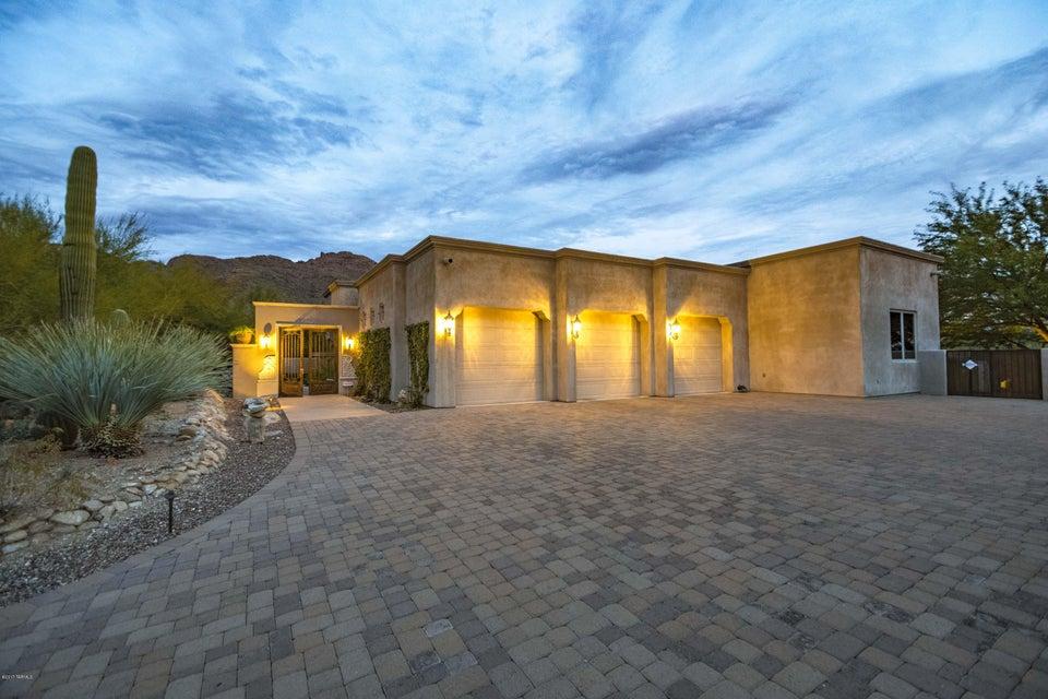 7561 N Mystic Canyon Drive, Tucson, AZ 85718