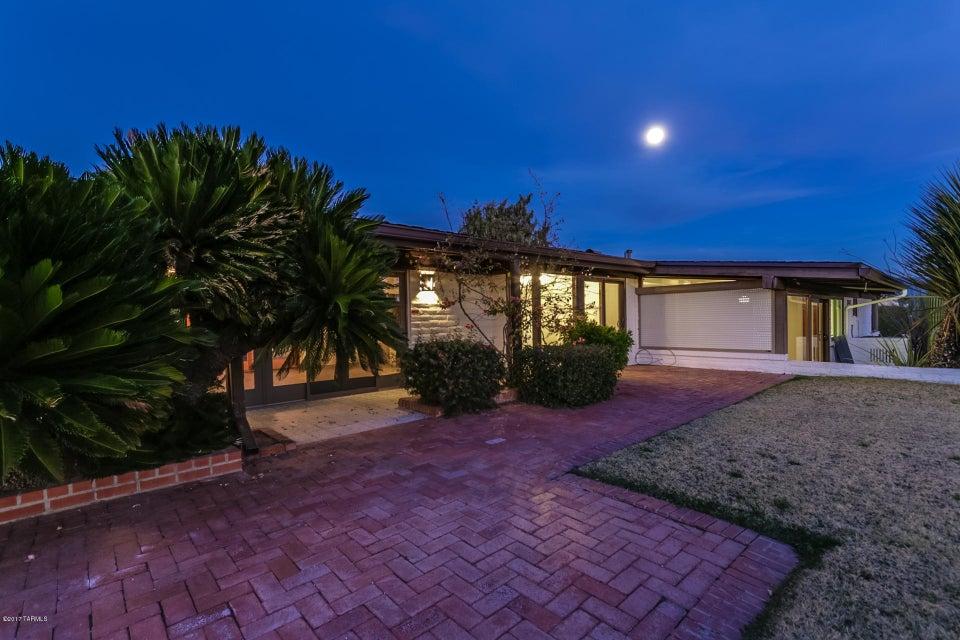 4307 N Osage Drive, Tucson, AZ 85718