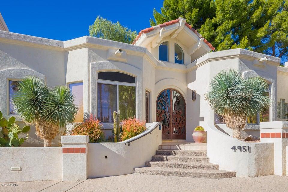 4951 E Calle Brillante, Tucson, AZ 85718