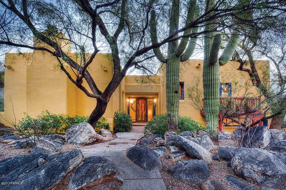 6480 N Miramist Way, Tucson, AZ 85750