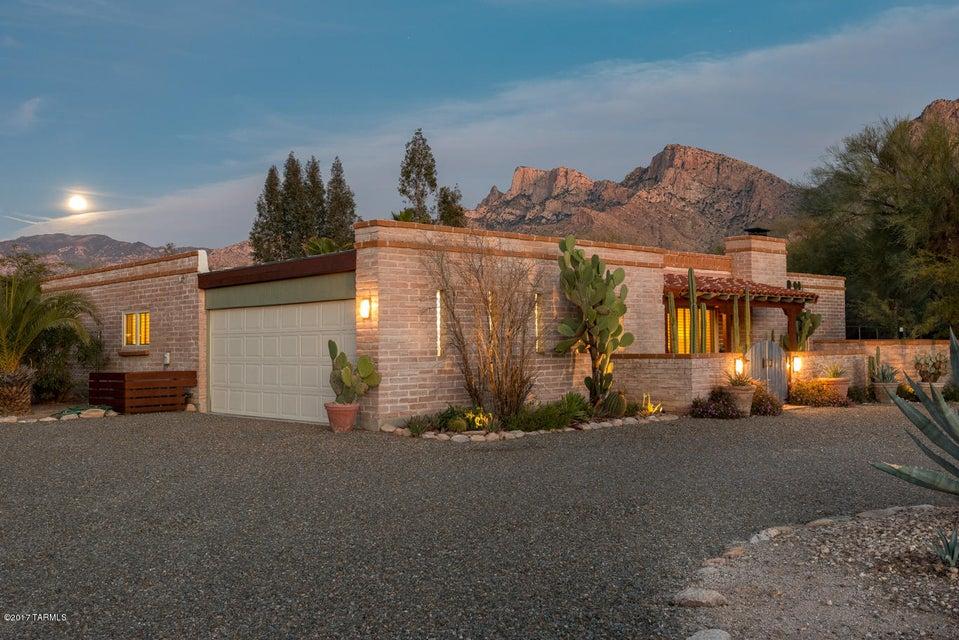 235 W Greenock Drive, Tucson, AZ 85737