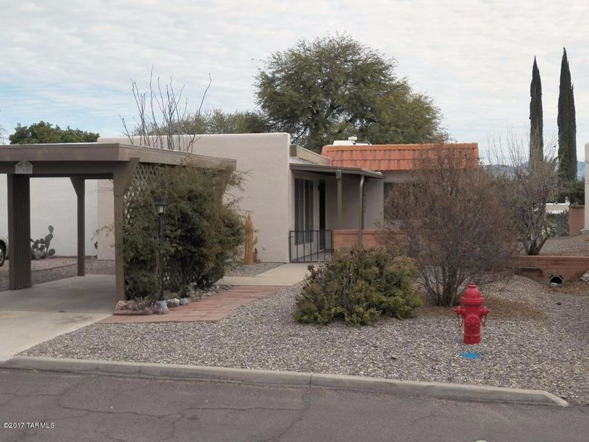 360 N Camino Del Vate, Green Valley, AZ 85614