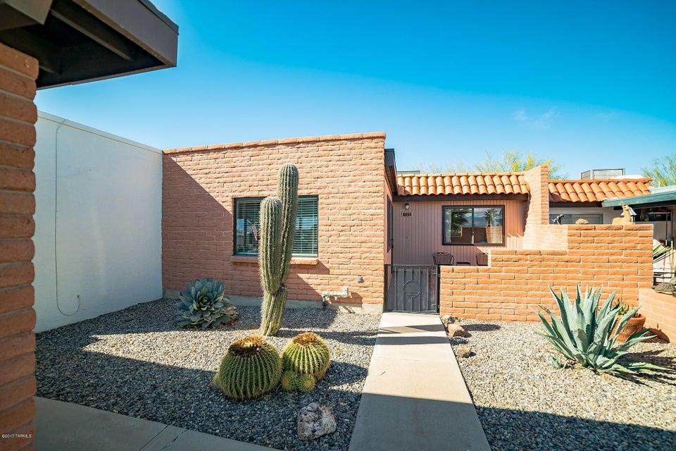 405 N Calle Del Diablo, Green Valley, AZ 85614