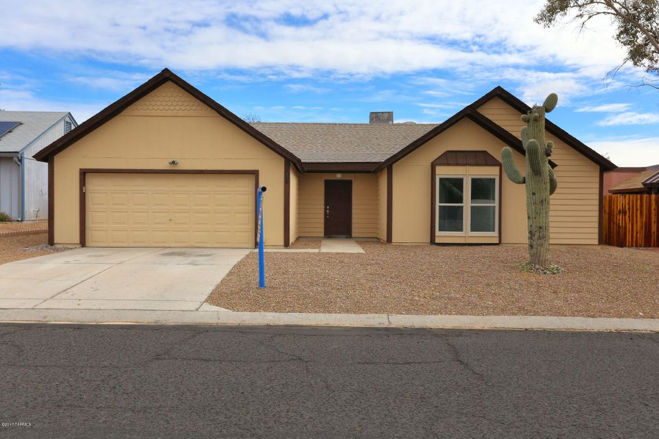 85742 homes for sale tucson az under 200 000 for Houses under 200000