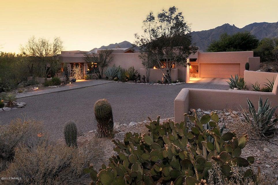 3625 E Via Alcalde Place, Tucson, AZ 85718