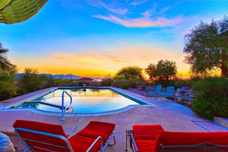 2500 E Ina Road, Tucson, AZ 85718