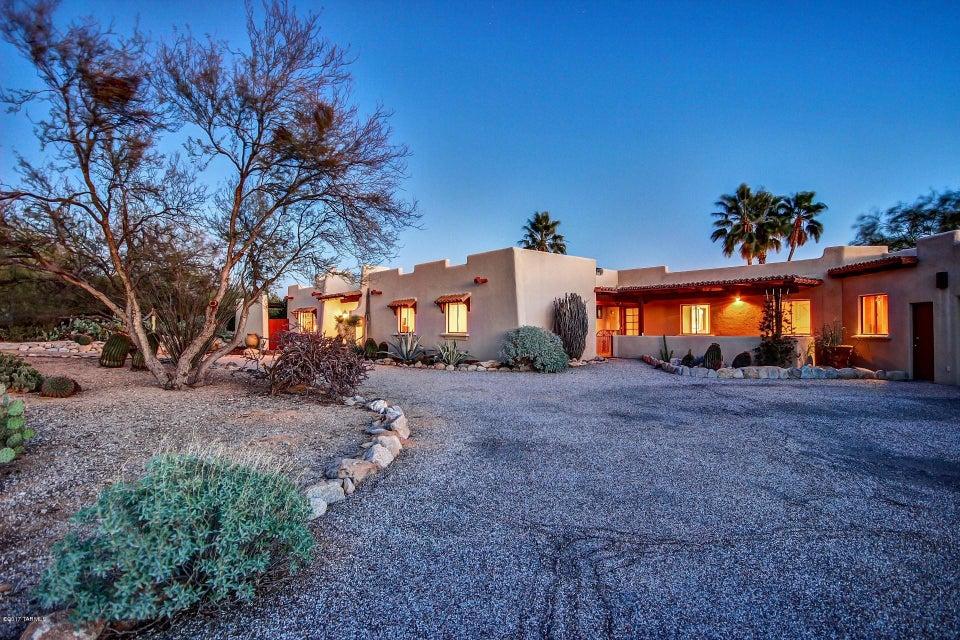 2700 E Calle Los Altos, Tucson, AZ 85718