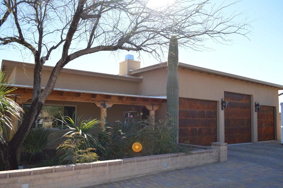 1561 W Dawn Drive, Tucson, AZ 85704
